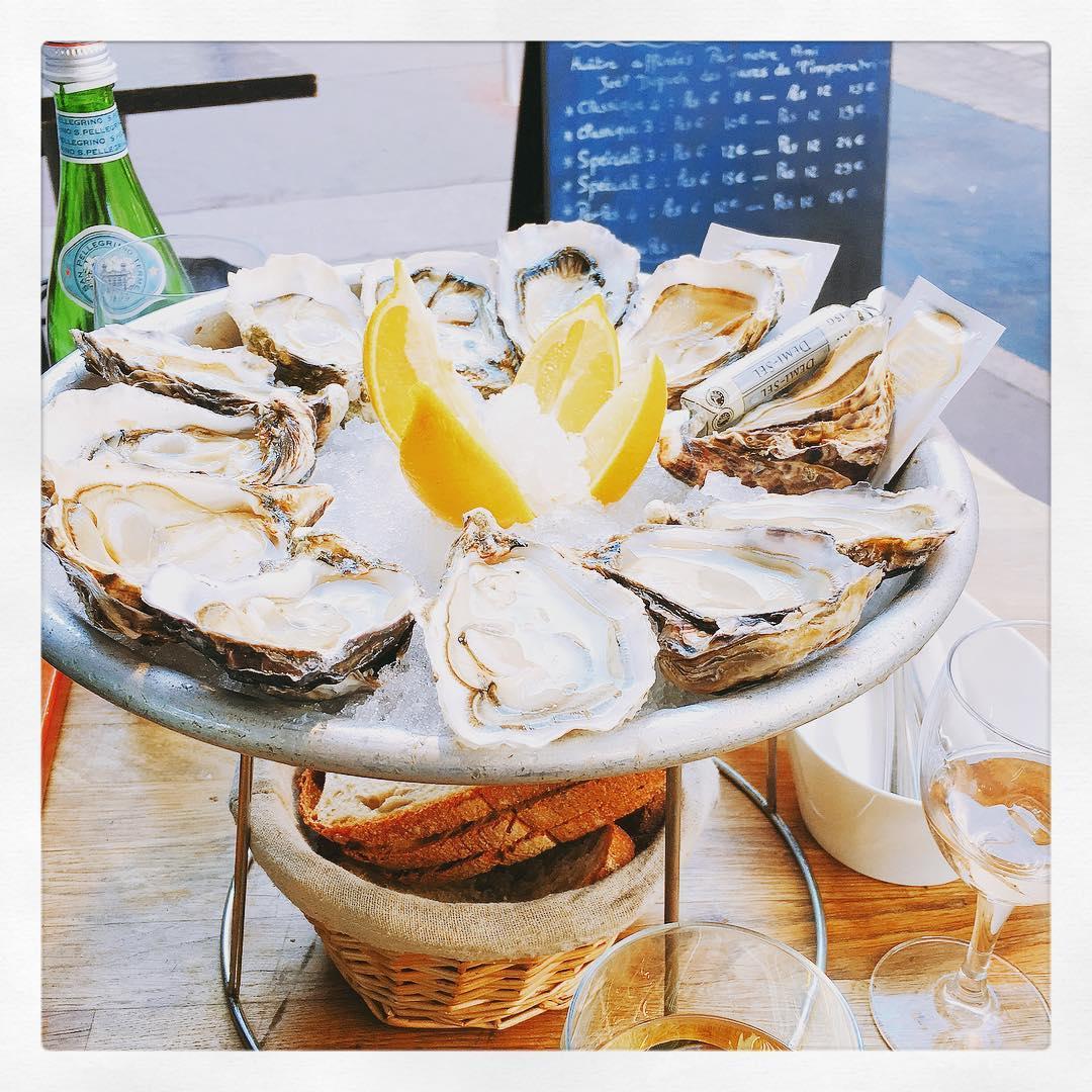 Le Cabanon Toulouse - Bar à Huîtres, Fruits de Mer et Tapas - La Cabane