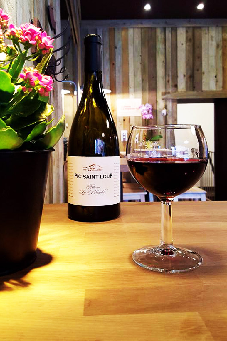 Verre de Vin Rouge - Le Cabanon Toulouse - Pic Saint Loup